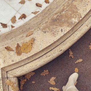 Hi fall! 🍂  #geurkaarsen  #vegankaarsen #geurkaars #sojawas #sojakaars #woodwick #hygge