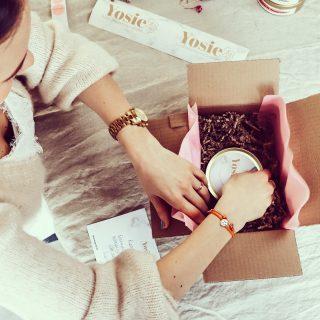 We love packing your orders 😊  #aesthetic #fika #hygge #hyggelife #duurzaam #reeddiffuser #crueltyfree #explorepage #geurstokjes #scentedsticks #homefragrances #skiphetalgoritme